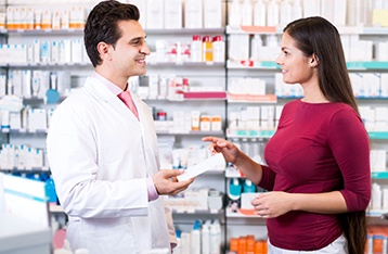 PHARMACIST PRESCRIBING/MINOR AILMENTS CONSULTATION